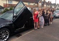 girl-night-out-limo-hire