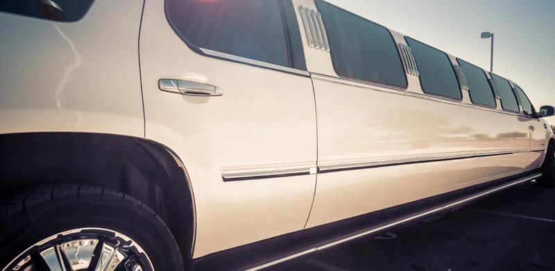 chauffeur hummer limo hire birmingham